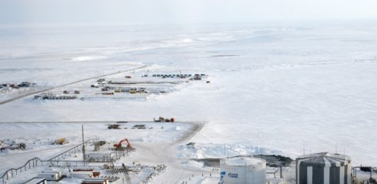 Строительство завода по производству сжиженного природного газа в Сабетте