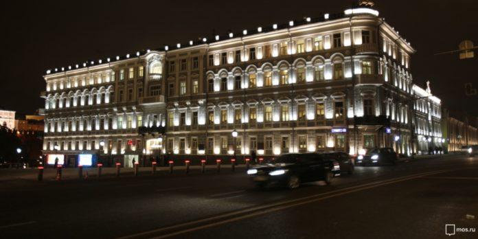 Старинные здания, расположенные вокруг Московского центрального кольца, украсит художественная подсветка