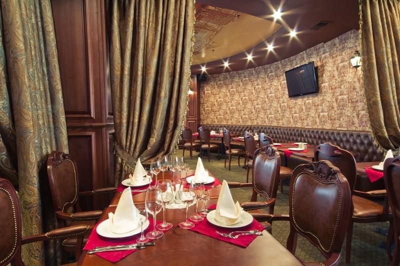 Банкетный зал кафе «Петербург»