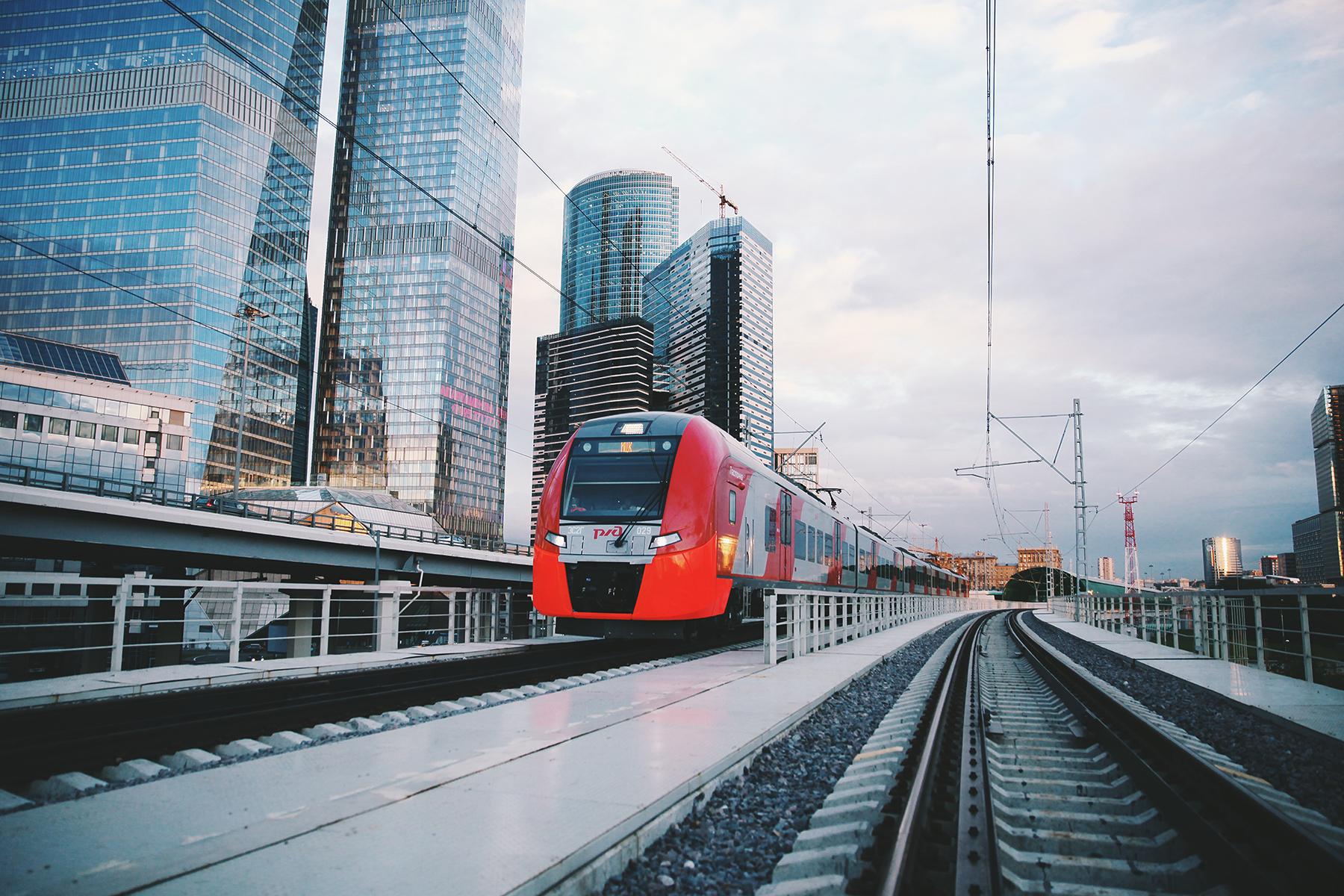 Неменее 2,5 млн. человек перевезли поезда наМосковском основном кольце