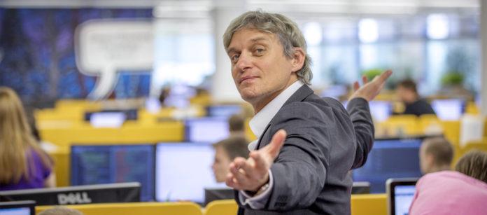 Олег Тиньков продал акции своего банка на 245 миллионов долларов